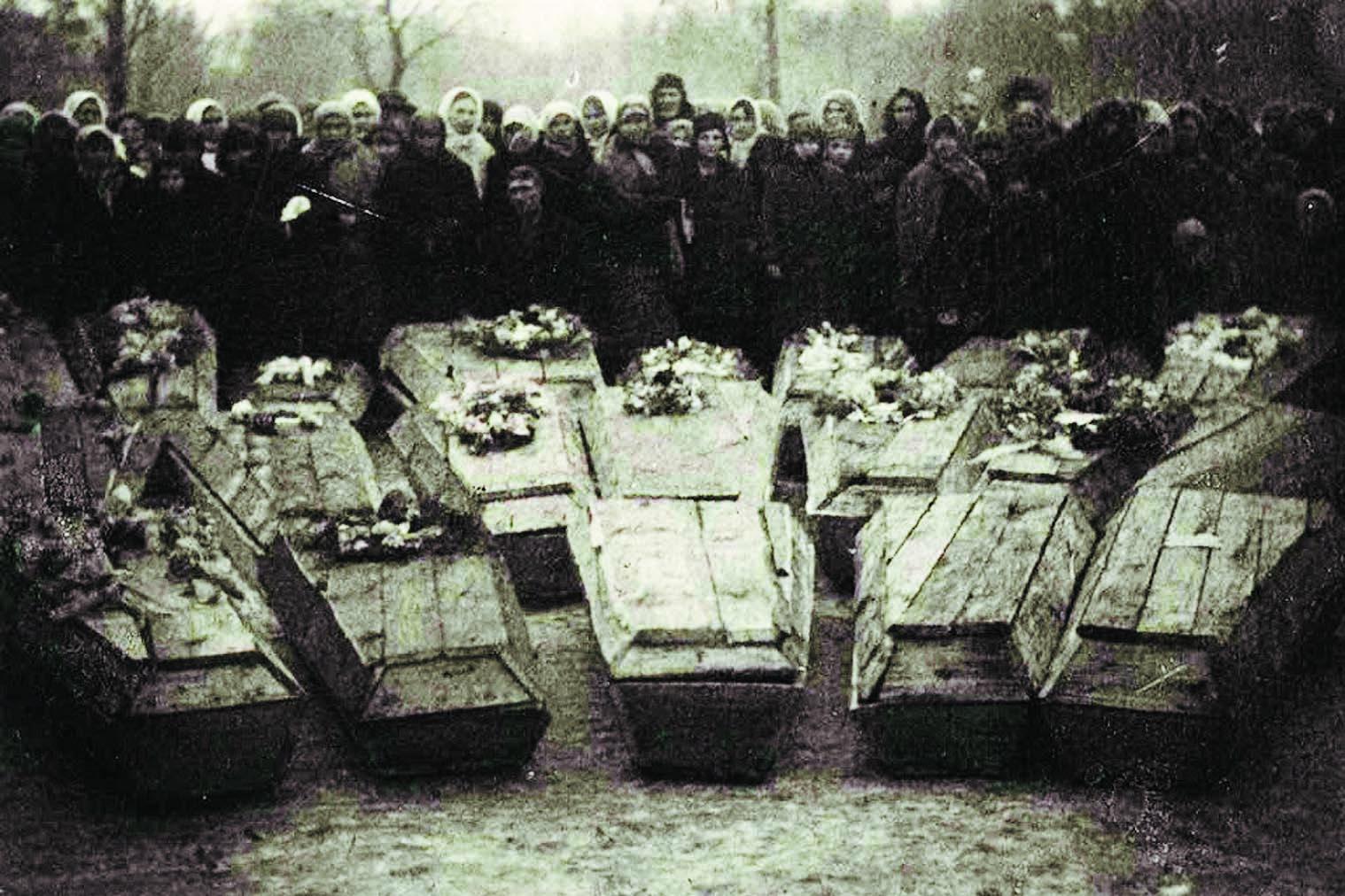 фото солдат в гробах