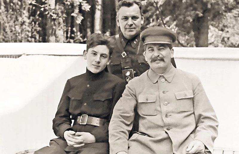 Были ли у Сталина телохранители и кто
