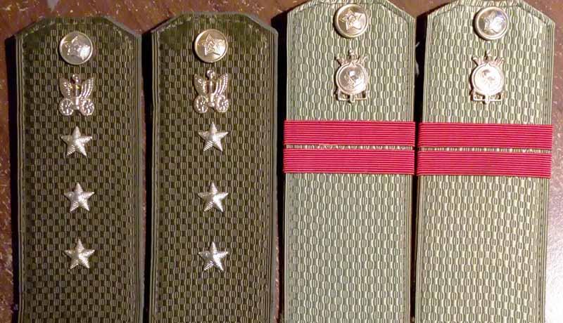 Вместо этих ромбиков было решено ввести Знаки различия, датированные 1969 годом
