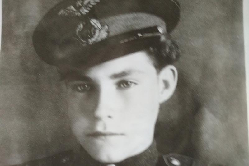 Прирожденный летчик  Аркадий