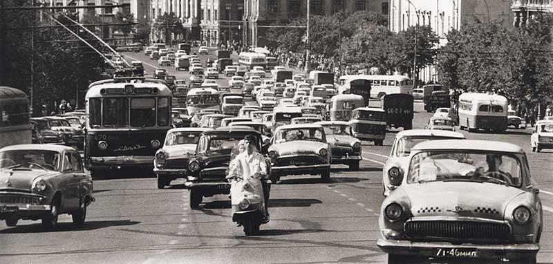 Доступный транспорт  В начале 1970 годов