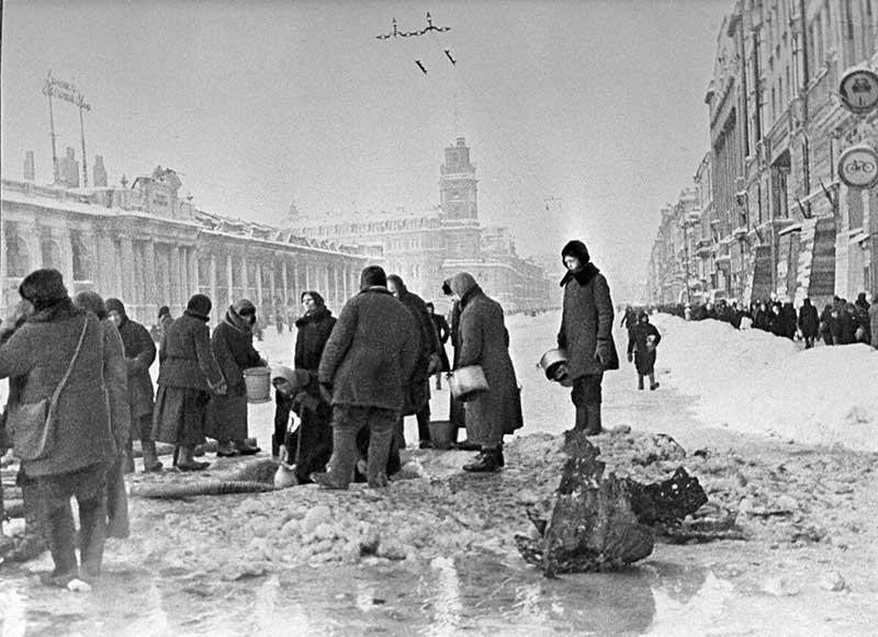 Военное положение в Ленинграде объявили в конце августа 1941 года