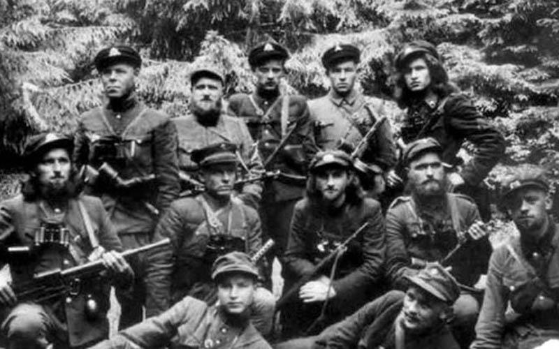 Карательными операциями в Белоруссии занимался отряд, в который входило несколько полицейских батальонов, а также дивизия, состоящая из прибалтийцев