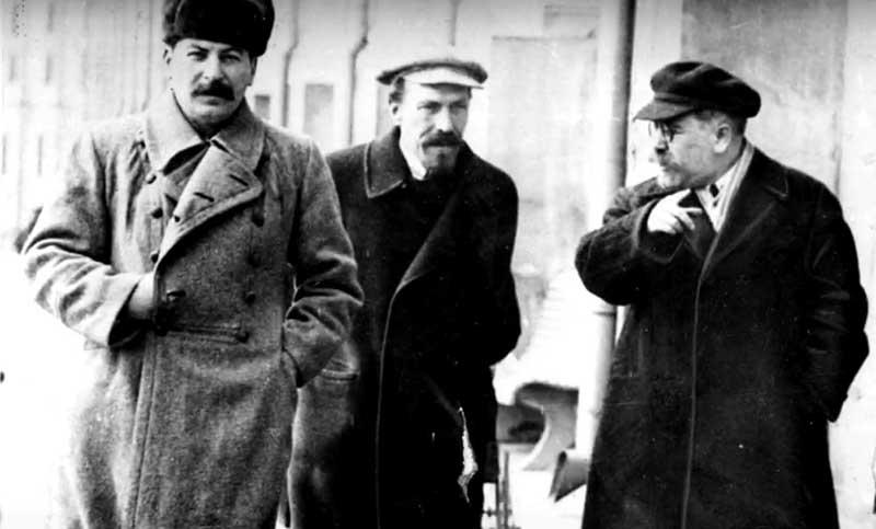 Отношения Льва со Сталиным