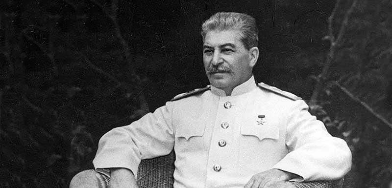 Иосиф Сталин имел страх перед самолетами,