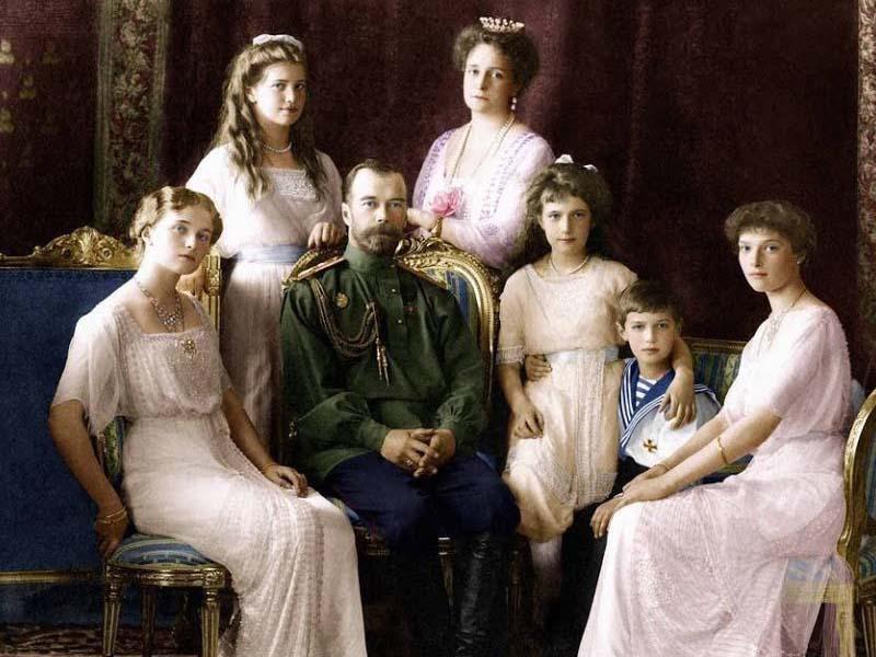 Александра действительно передала сыну ген гемофилии, но Николай ни разу ее в этом не упрекнул