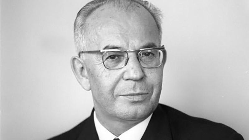Густав Гусак