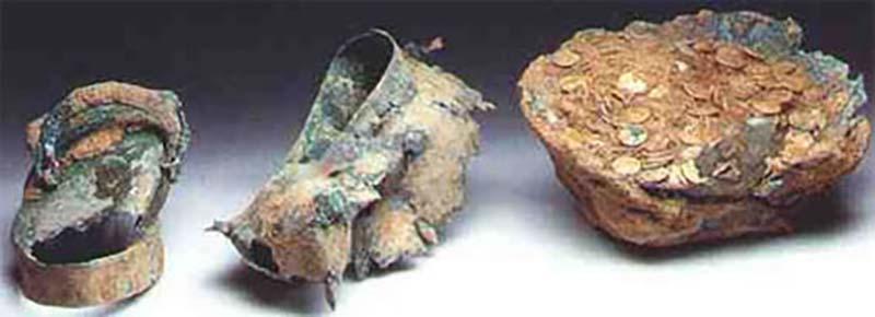 В 1993 году были найдены римские монеты, изготовленные из золота