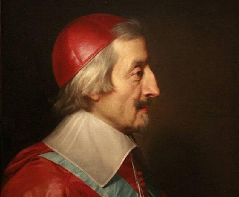 В течение нескольких лет Ришелье жил в Люсоне, где провел реформы в отношении монастырского хозяйства, создал теологический трактат на своем языке.