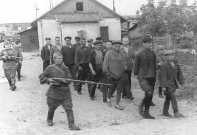 В отношении них НКВД выполняли специальные операции по розыску и штурму.