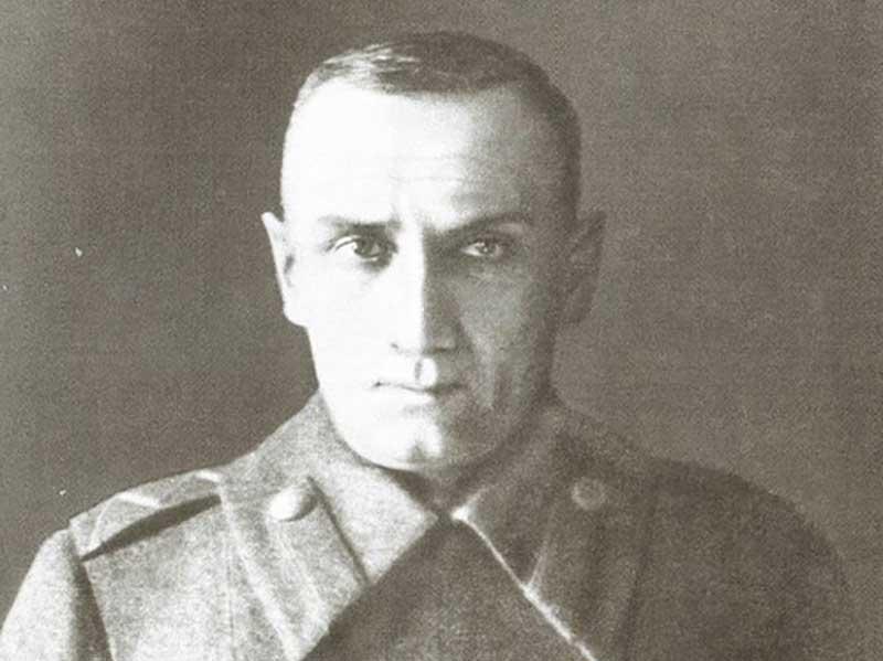 Александр Колчак — русский адмирал и исследователь, выступавший на стороне белого движения в годы Гражданской войны.