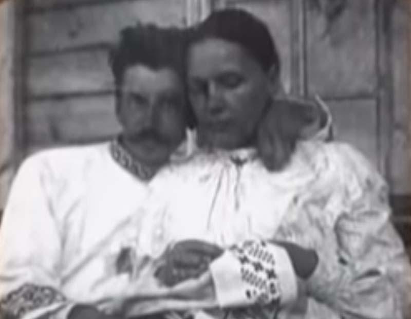 вопрос о реабилитации матери Тухачевского маршала решался намного дольше.