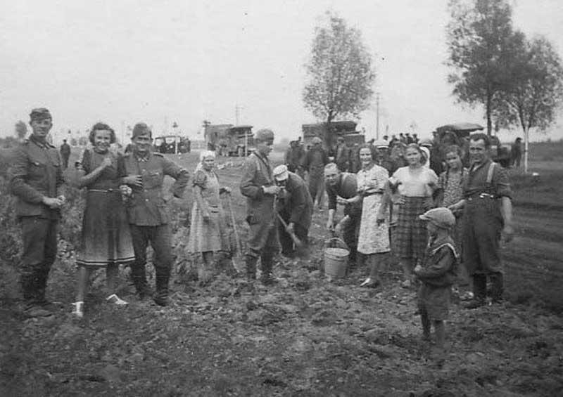 Голод и страх — основные причины связей русских женщин с немцами