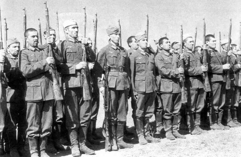 Почему уходили к немцам