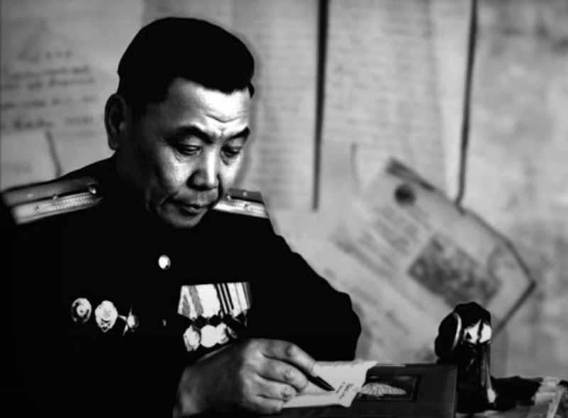 Етобаев два раза представлен руководством к званию Героя СССР.