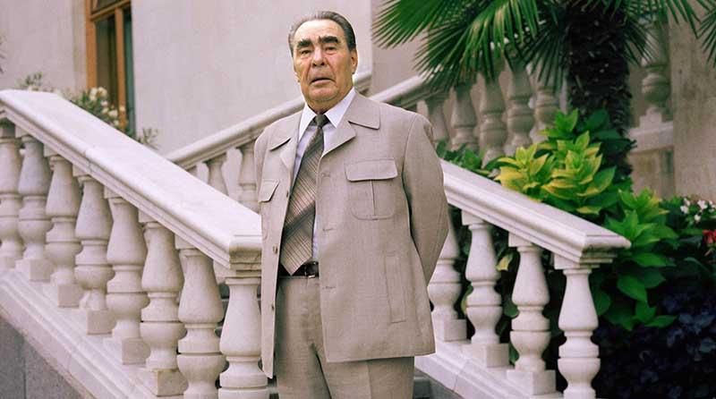 Брежнев ушел из жизни в 1982 году.