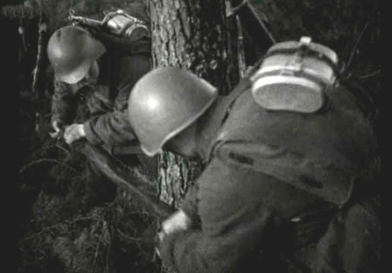 Котелок советского солдата — кажется, что не придумали ничего проще, чем этот нехитрый предмет военного снаряжения.