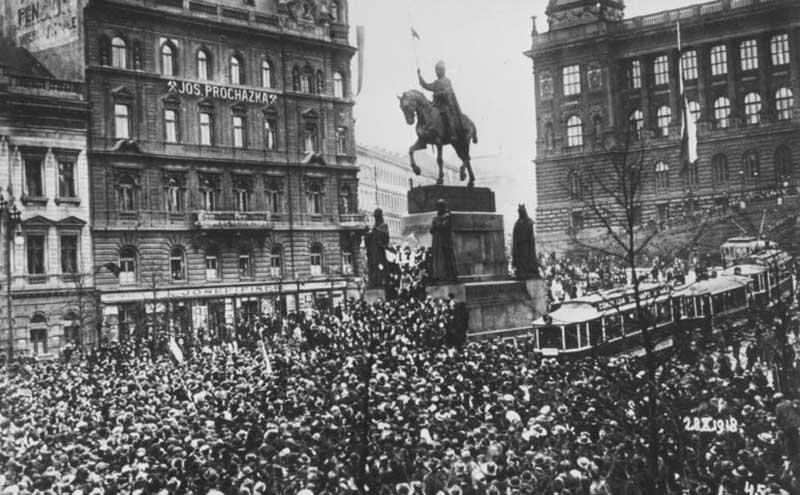 В 1918 году была образована Чехословацкая республика.