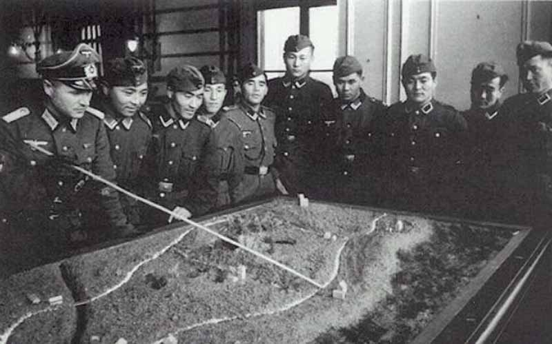 В декабре 1943 года началась операция «Улусы».
