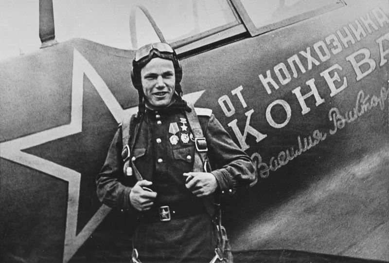 Иван Кожедуб получил звание героя СССР трижды