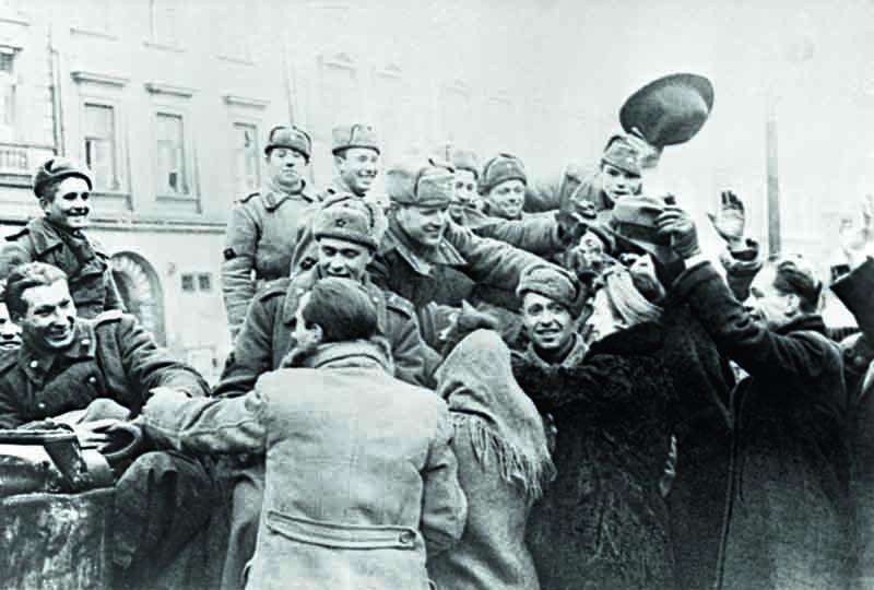 Для большого числа людей Вторая мировая война окончилась гораздо позже 1945 года.