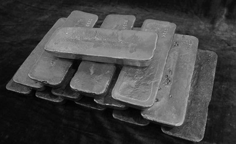 Грузчики-военные понятия не имели, что в 10 тысячах ящиках лежит 72 килограмма золотых слитков.