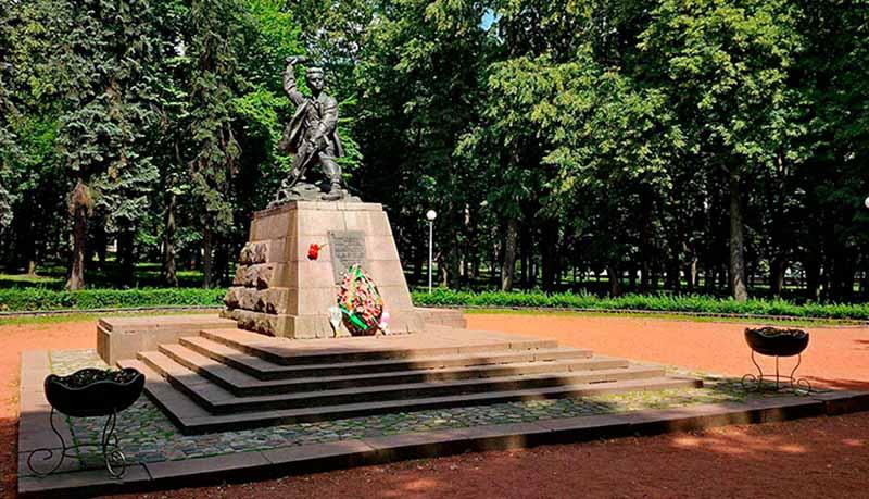 Смерть Марата и освобождение Белоруссии
