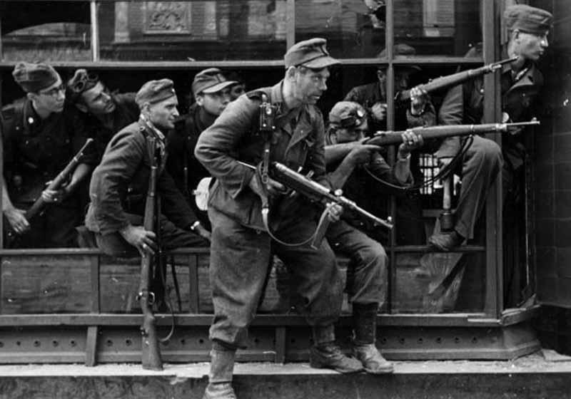 Руководство вермахта планировало набор в СС-подразделения людей только немецкой национальности.