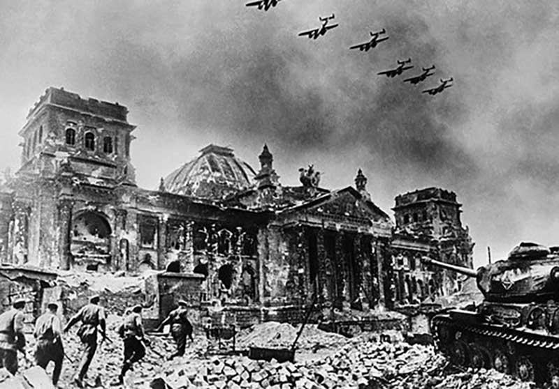 В марте 1945 года Гитлером был издан приказ под названием «План Нерон».