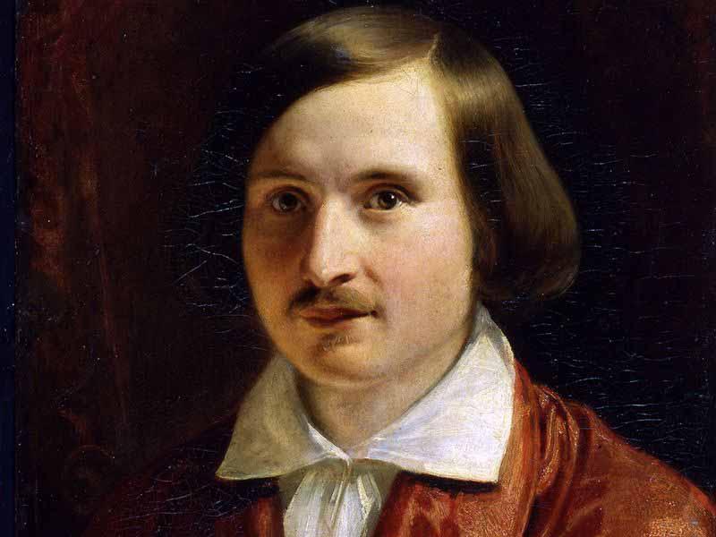 Наверное, самым загадочным русским классическим писателем является Николай Гоголь.