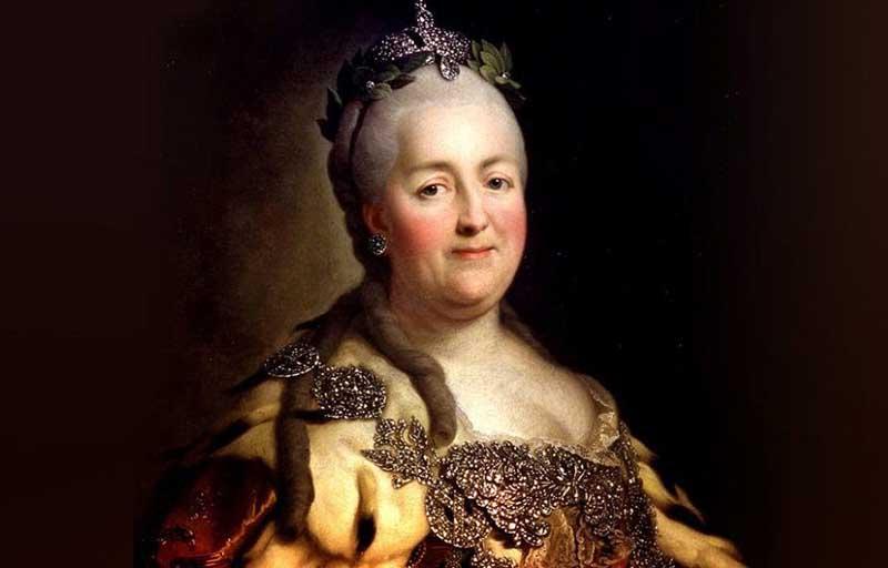 Екатерина II не очень-то сильно любила своего сына Пашу и открыто об этом говорила.