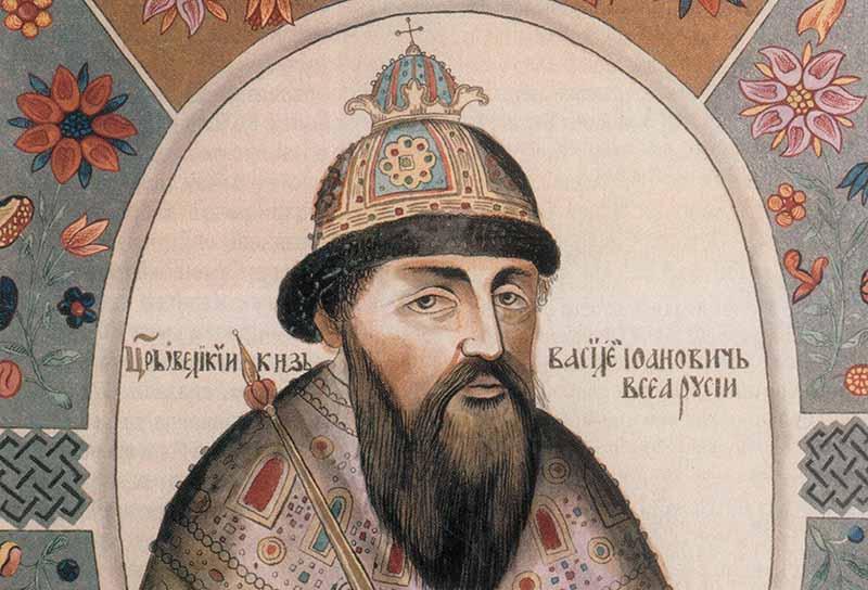Василий Шуйский приказал вывезти обезображенное тело в Котлы и там сжечь его