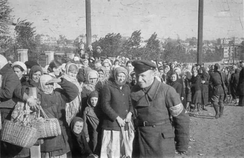 . Весной 1944 года в одной из бригад были обнаружены девять девушек-диверсанток, которые обучали в фашистской школе в городе Борисове.