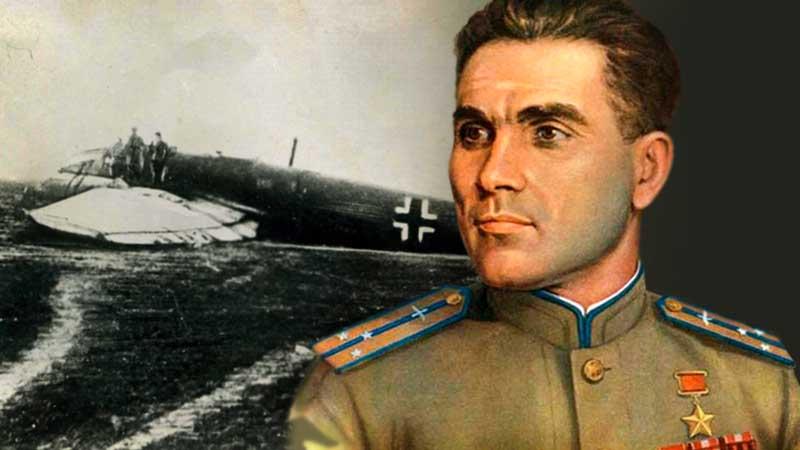 Зимой 1945 года летчик Михаил Девятаев вместе с еще несколькими военнопленными сбежал из фашистского концентрационного лагеря