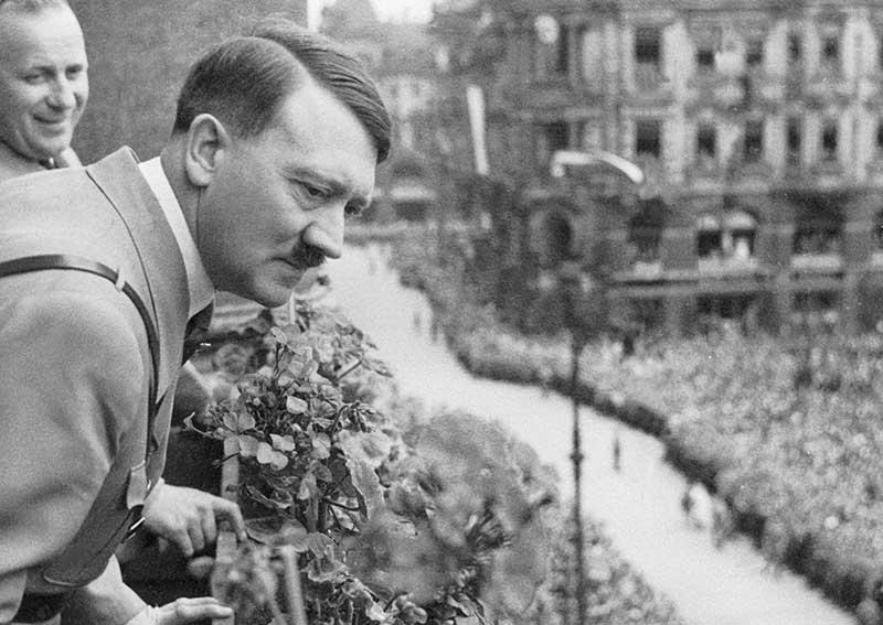 В январе 1941 года Гитлер считал, что если одержать победу над Советским Союзом, то англичане тоже сдадутся.