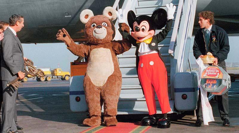 поездка Микки в СССР была приурочена к юбилейной дате любимого во всем мире персонажа.