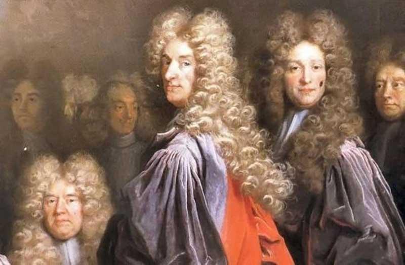 Всем известно, что в 17-18 столетиях правители, военнослужащие и прочие знатные люди носили напудренные парики.