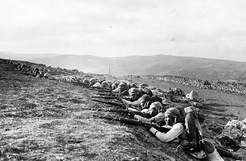 В начале Первой мировой войны, Пауль, как и миллионы других венгров, стал бойцом армии Венгрии и Австрии