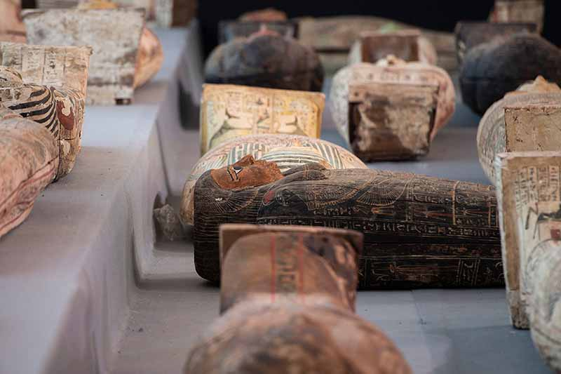 Ученые генетики из Германии решили пойти еще дальше в своих исследованиях и изучили ДНК еще девяти десятков мумий Египта, которые сохранились до сегодняшнего времени